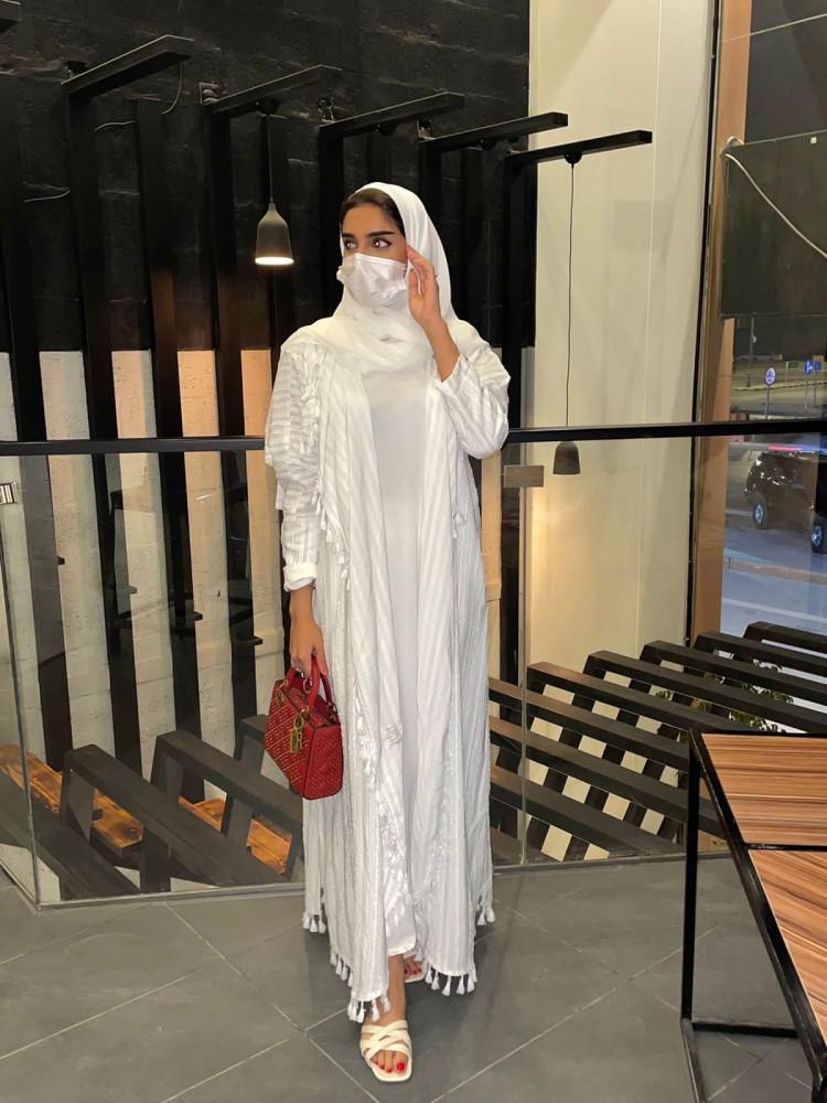 سعر عبايات خليجية بيضاء - متجر ميم عباية