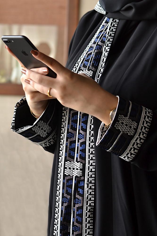 تطريز عبايات سوداء - متجر ميم عباية
