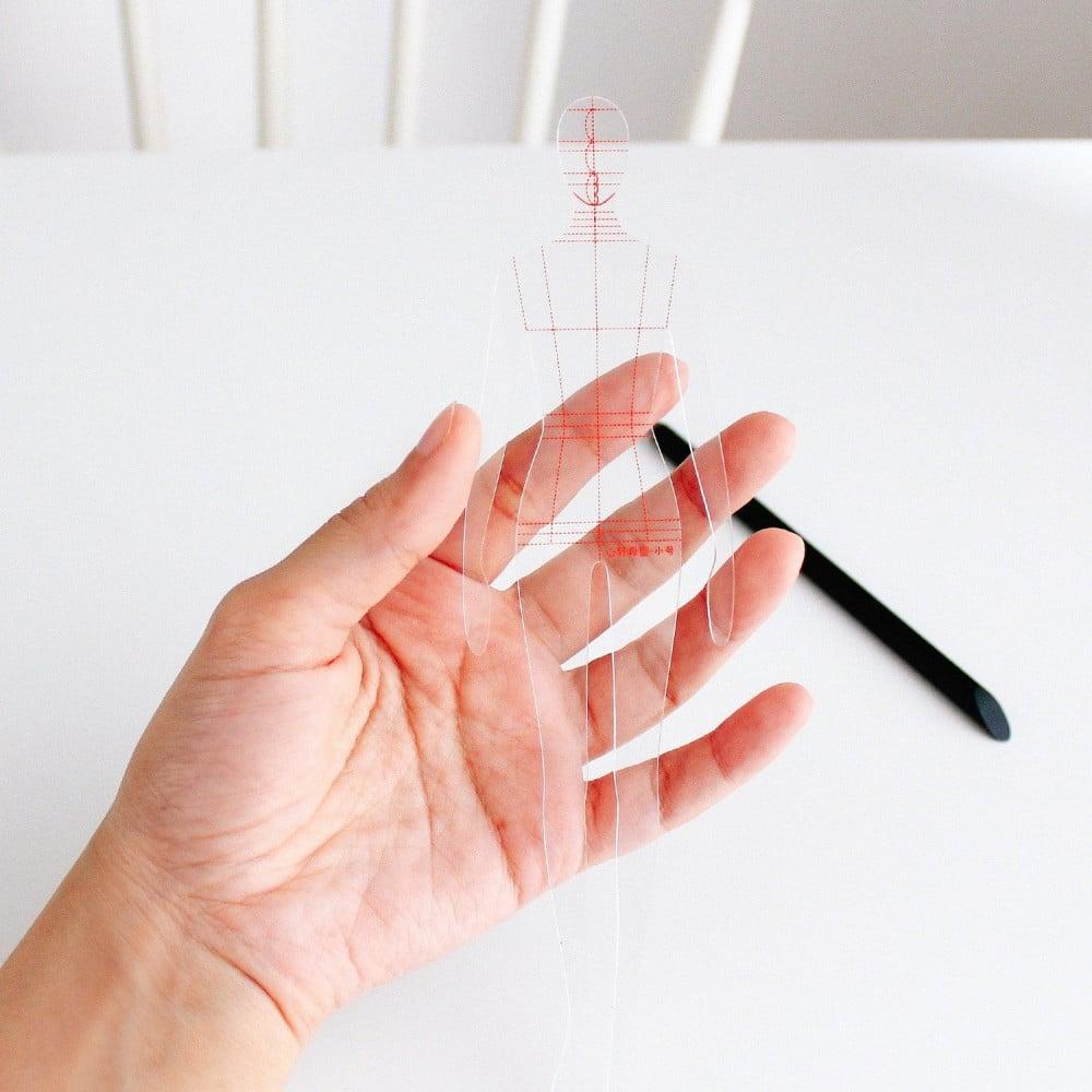 مانيكان للرسم طريقة رسم المانيكان اساسيات تعلم الرسم تصميم الأزياء