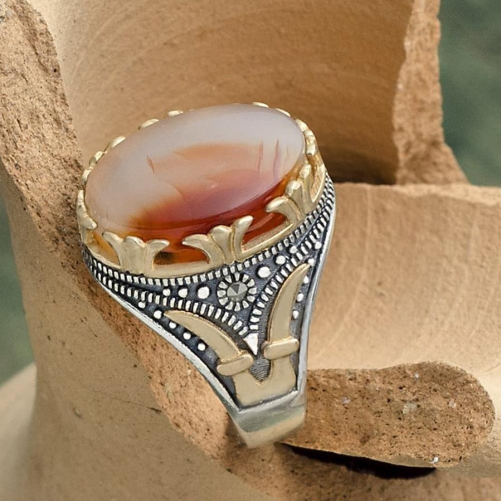 خاتم صياغة أنيقة بحجر عقيق مميز