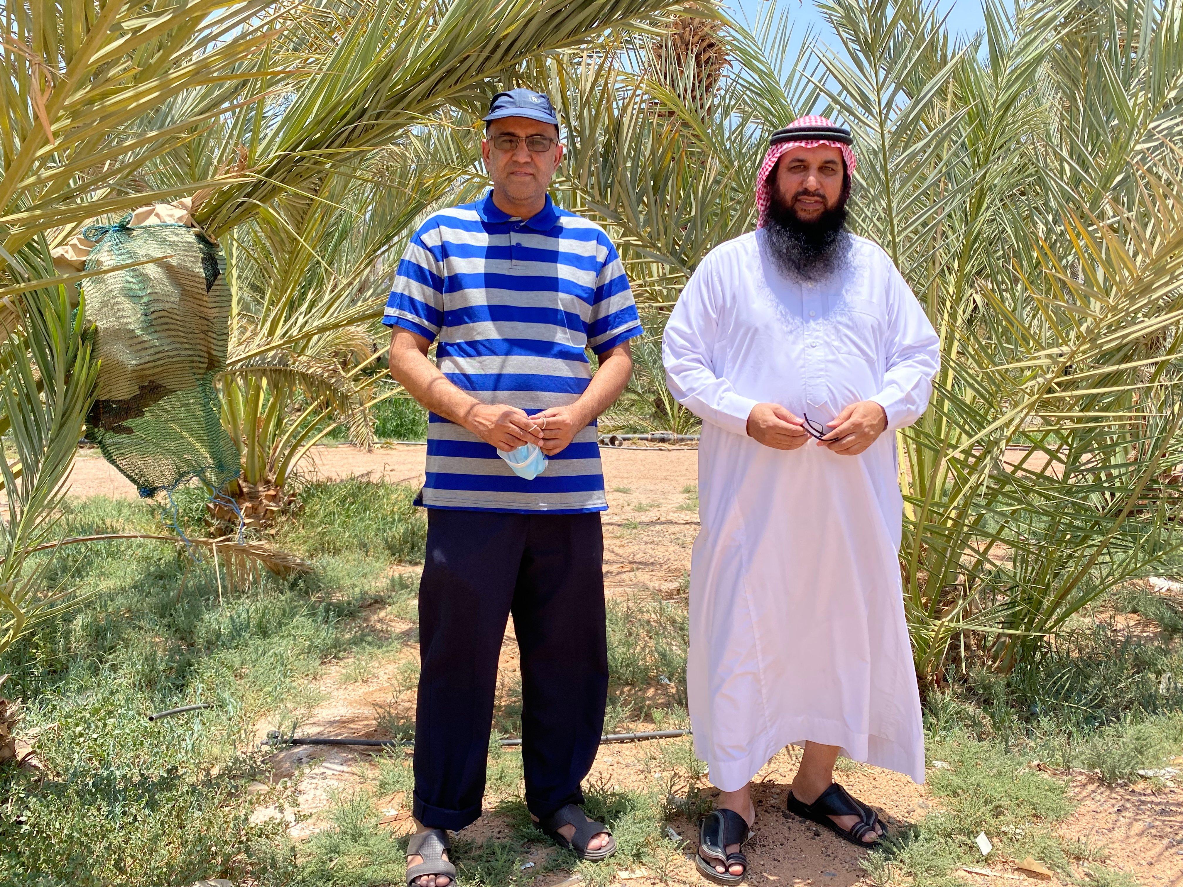 البروفيسور محمد أخلاقي في زيارة لمزارعنا