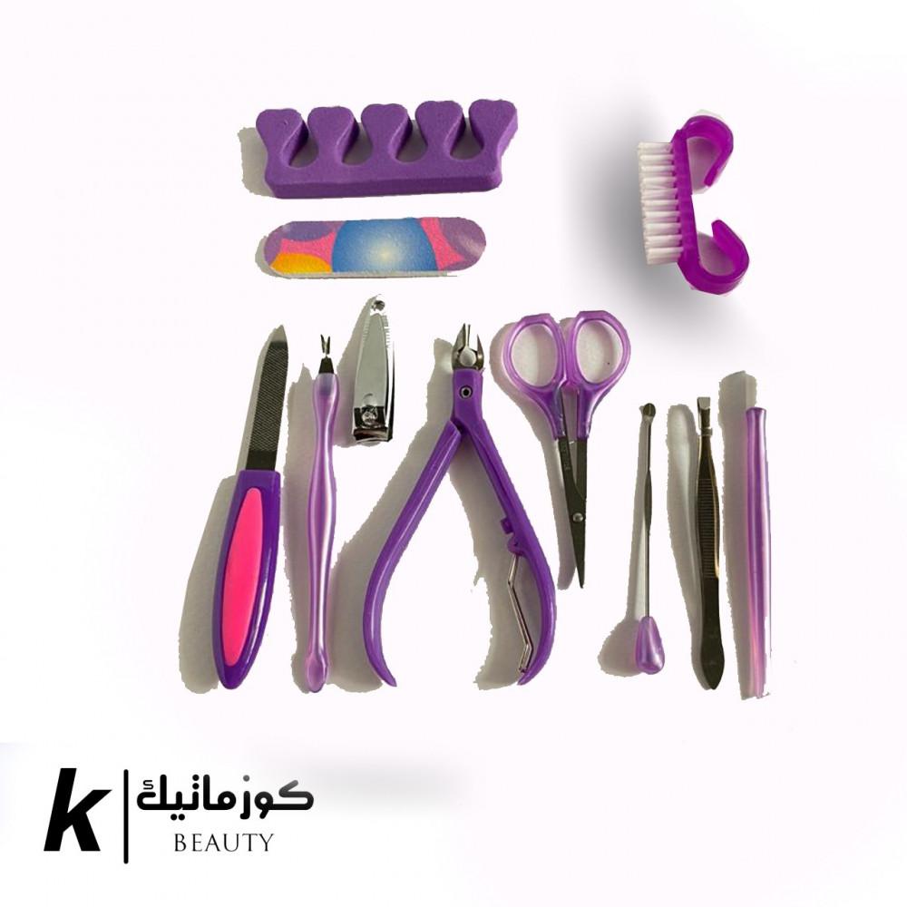 أدوات العناية بالأظافر الأساسية مكونه من 11قطعه