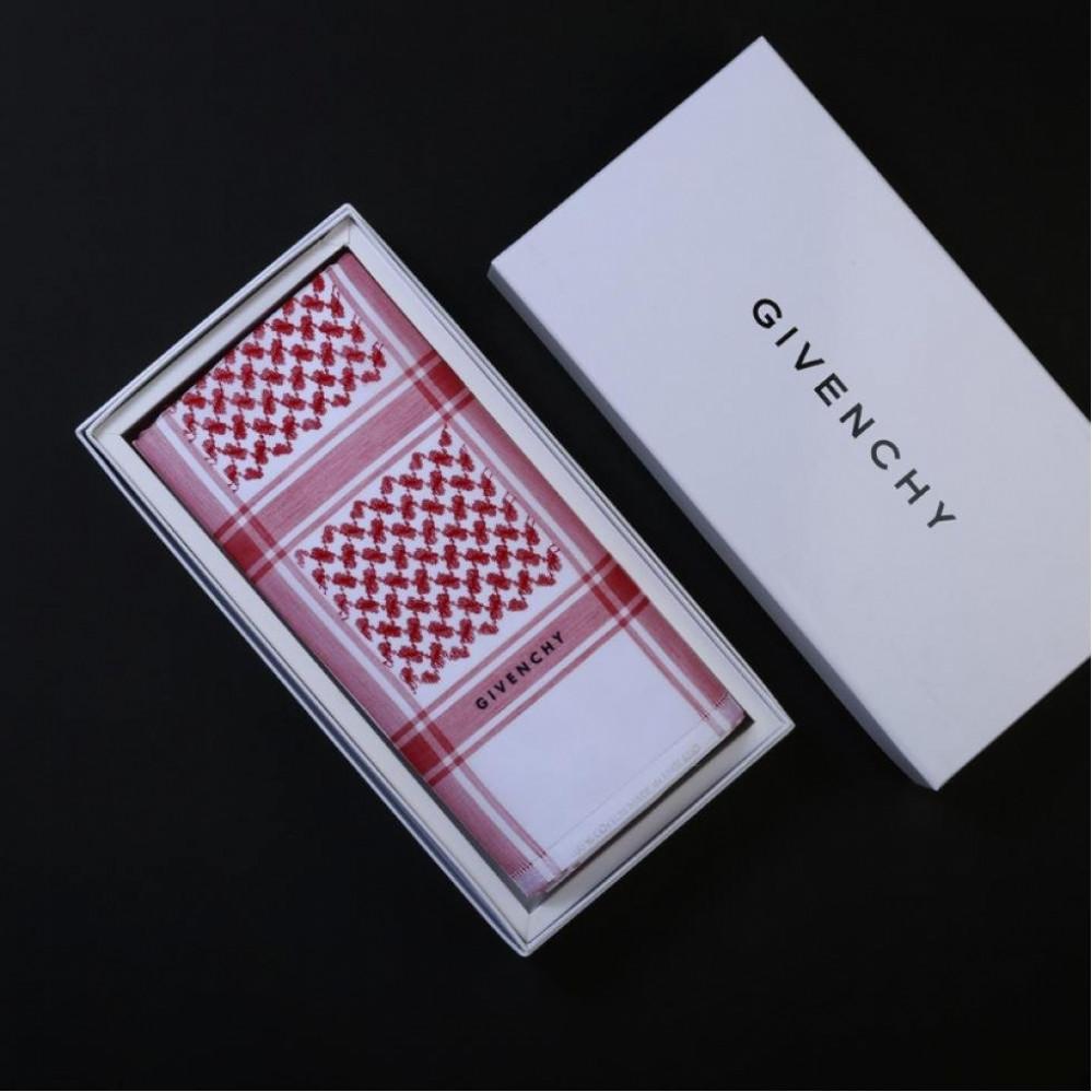 شماغ جيفنشي Givenchy كلاسيك