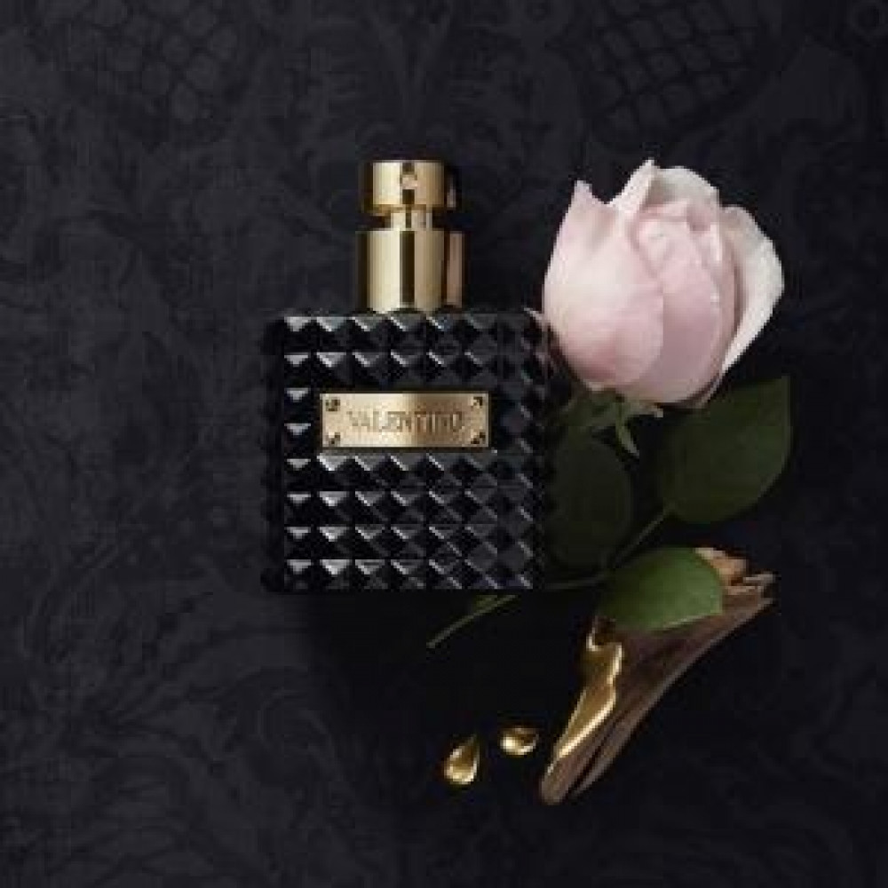 عطر فالنتينو دونا نوار أبسولو valentino donna noir absolu parfum