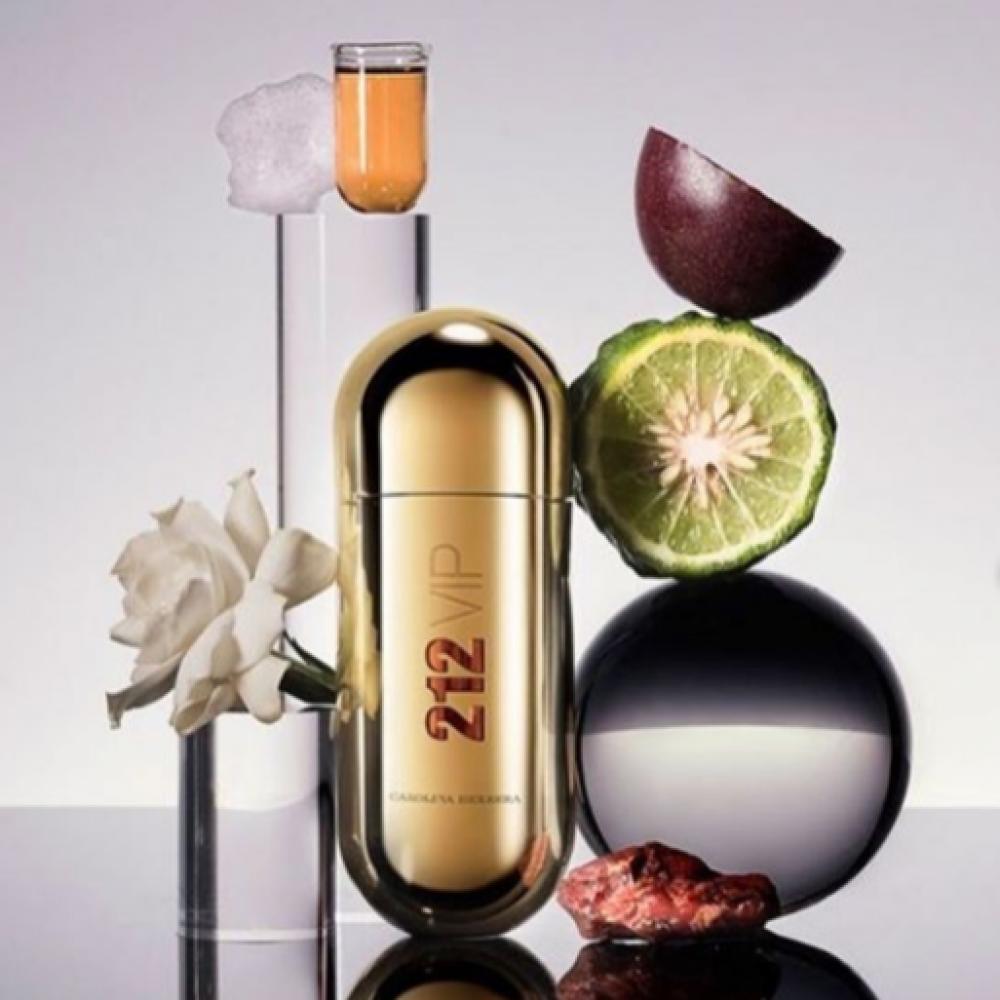 عطر كارولينا هيريرا 212 في اي بي carolina herrera 212 vip perfume