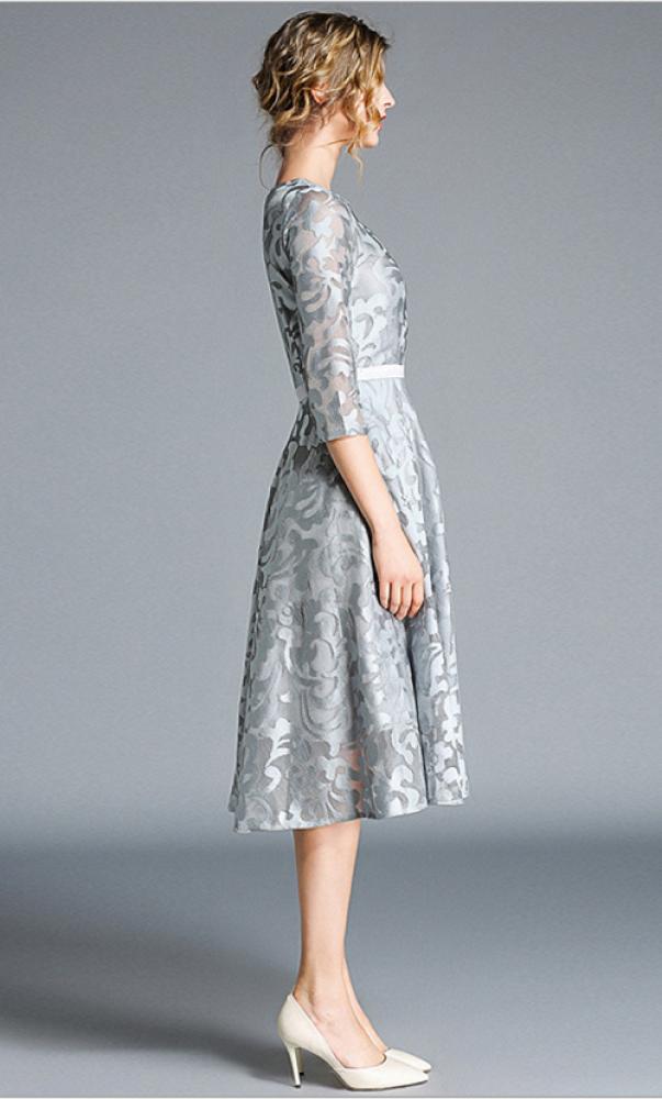 فستان سهرة رمادي