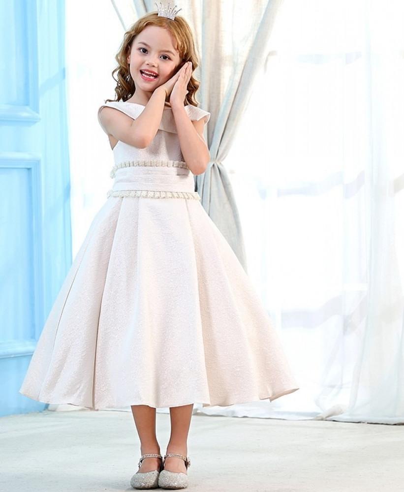 فستان اطفال ابيض