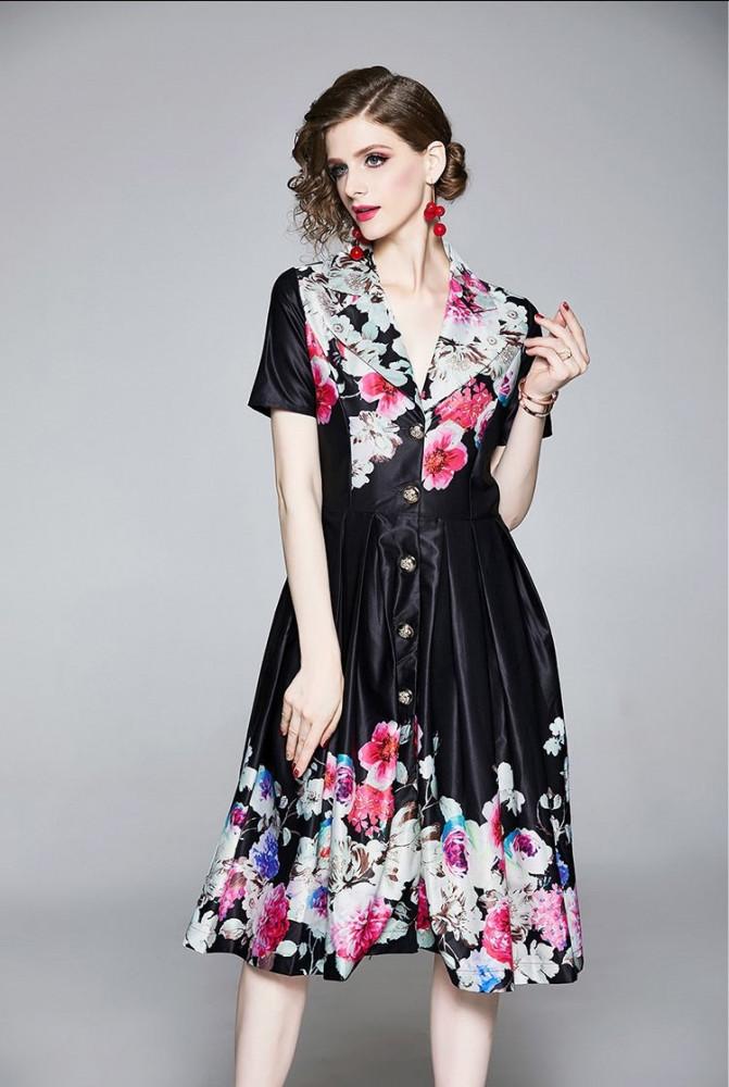 فستان ستان قصير