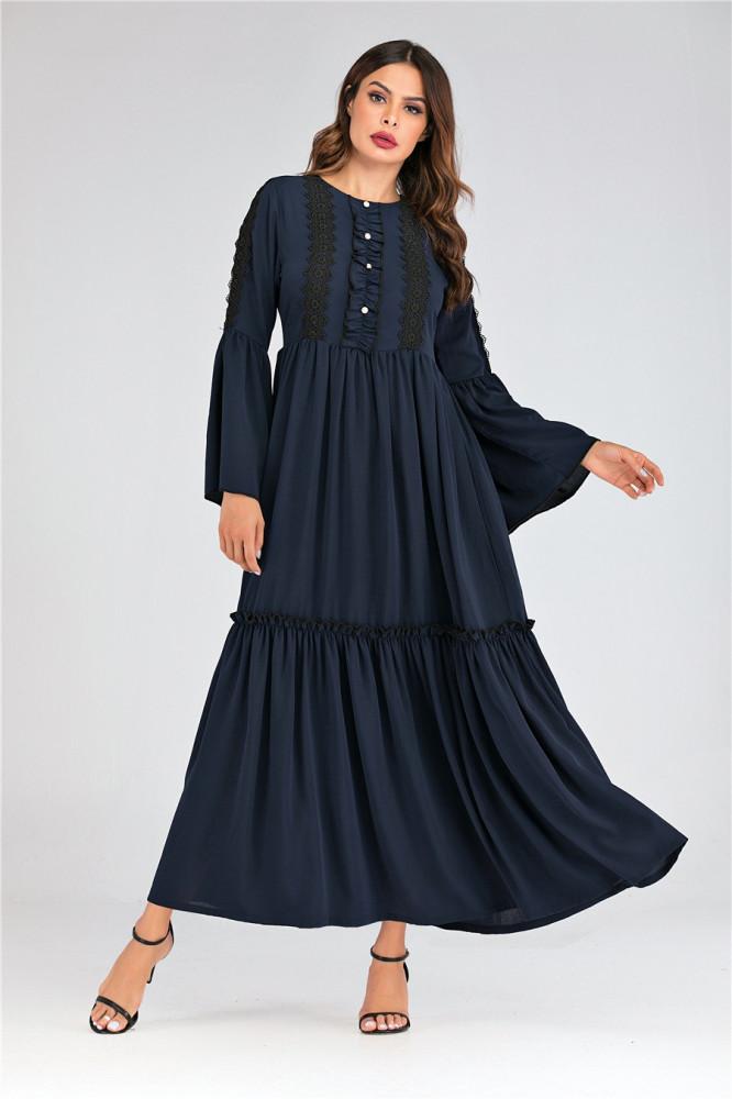 فستان طويل باكمام واسعه