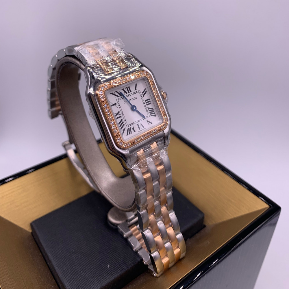 PANTHÈRE DE CARTIER WATCH  MEDIUM