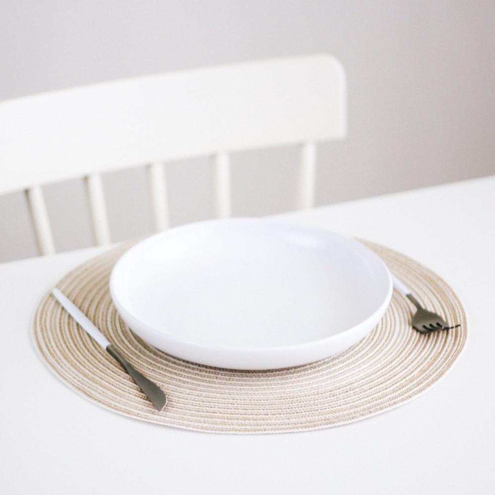 مفرش طاولة طعام مفرش أطباق دائري لون أبيض ترتيب سفرة العزيمة متجر