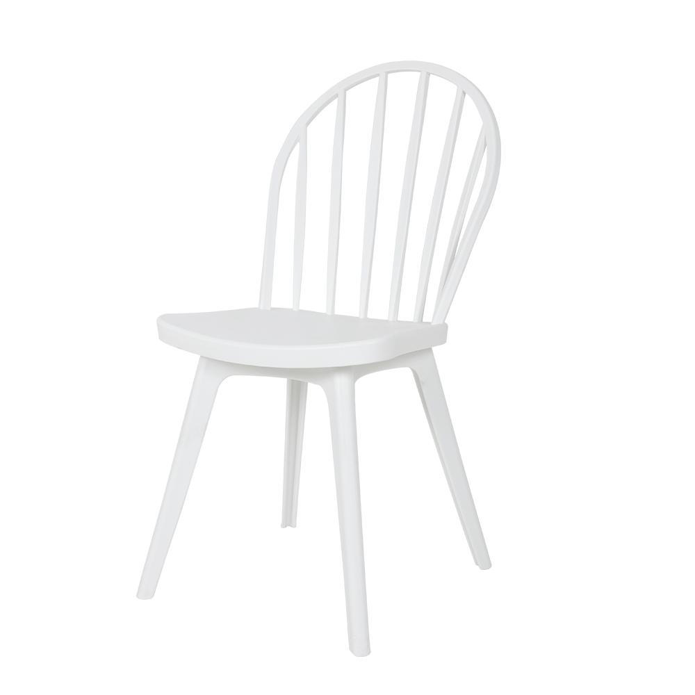 كرسي بلكونة جميل من طقم كراسي أبيض من البلاستيك في تجارة بلا حدود