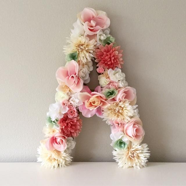 حرف بتشكيلة من الورود Alaa Flower