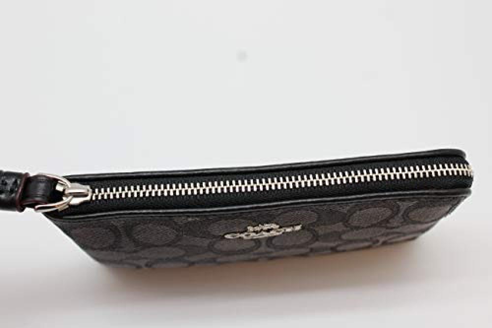 محفظة فاخرة من كوتش