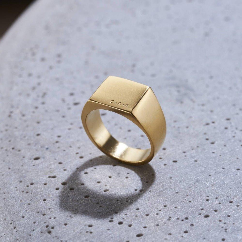 خاتم ملكي راقي من الفضة الخالصة عيار 925