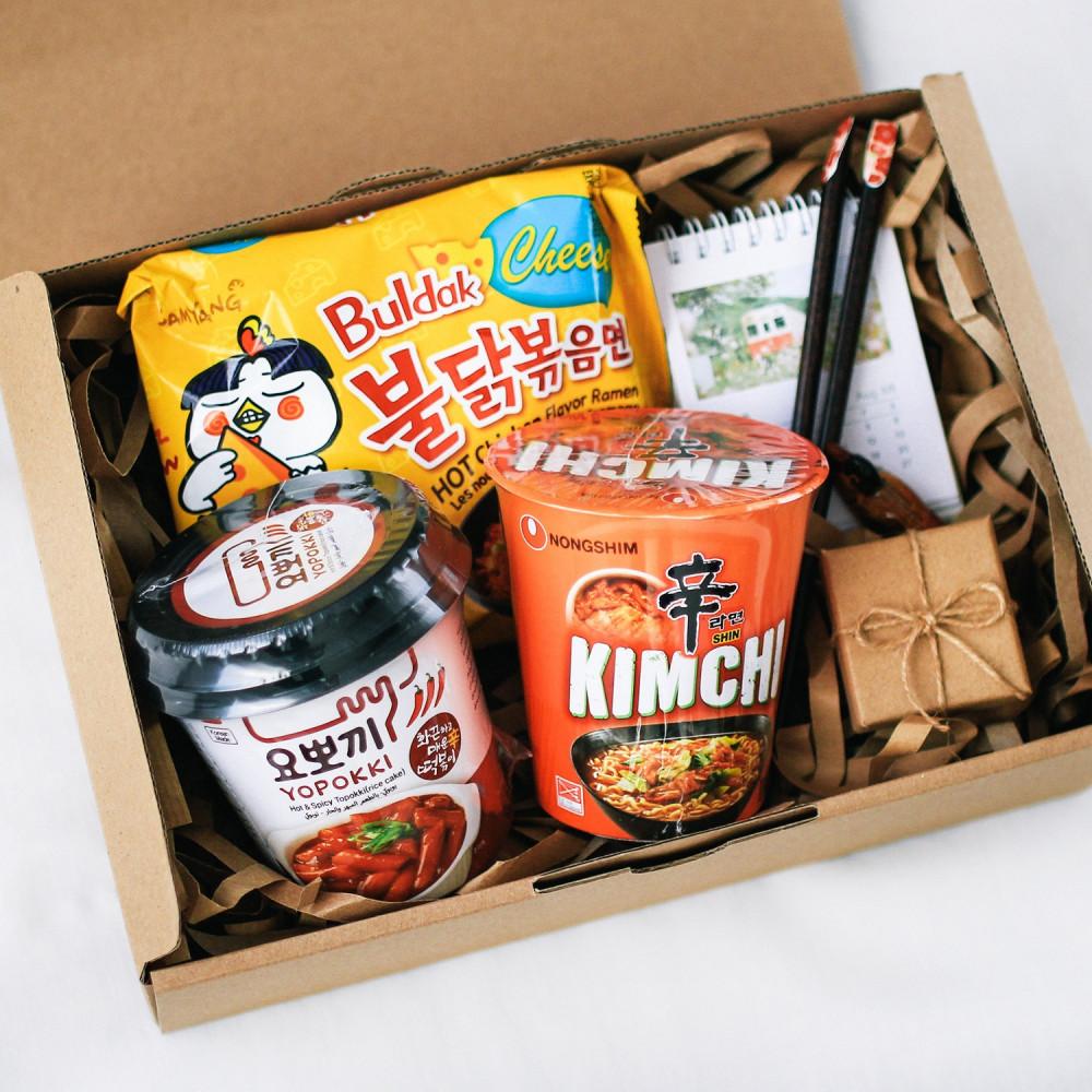 هدية كوريا فرقة ارمي bts بلاك بينك متجر هدايا أنواع الرامن الكوري