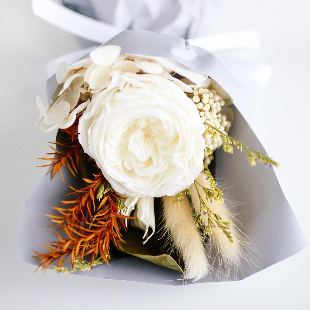باقة ورد أبيض اجمل باقة ورد رومانسية أفكار هدايا خطوبة زواج عيد ميلاد