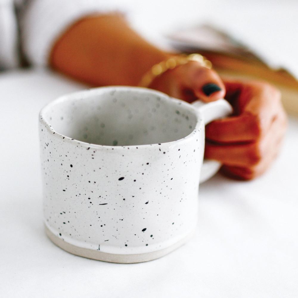 أكواب قهوة مختصة كوب فخار حجري كوفي كورنر متجر هدية mug cup ركن القهوة