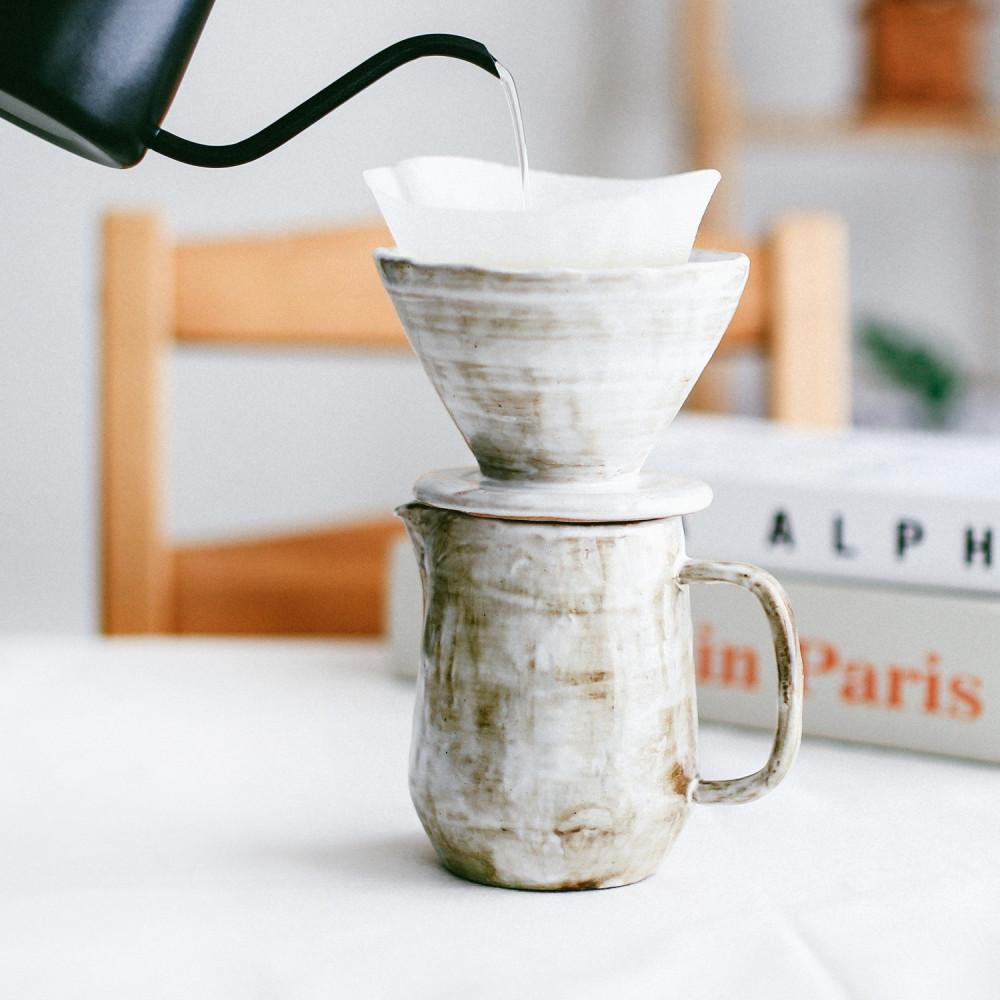 أدوات تحضير القهوة المختصة قهوة مختصة انواع القهوة المقطرة ادوات v60