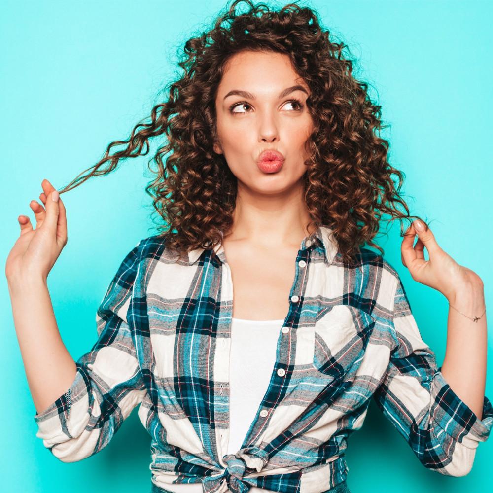 طريقة عمل الشعر الكيرلي طريقة تجعيد الشعر تجفيف الشعر الكيرلي متجر