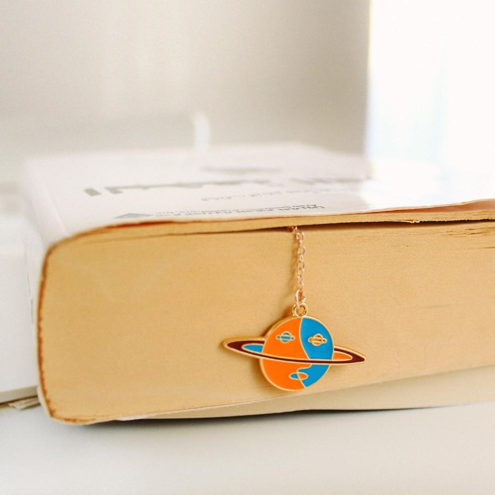 فاصل كتاب كواكب زحل نادي القراءة فواصل كتاب أفكار هدايا لعشاق القراءة