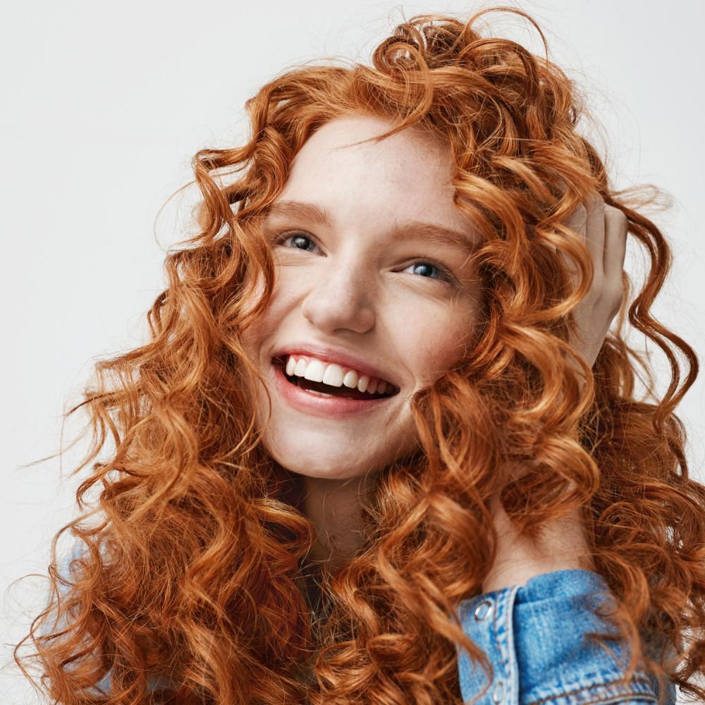 جل تجعيد طريقة عمل الشعر الكيرلي طريقة تجعيد الشعر تجفيف الشعر الكيرلي