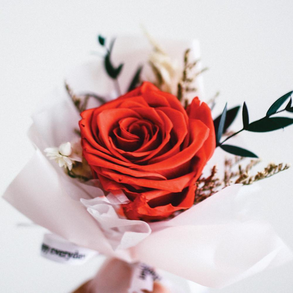 باقة ورود طبيعي Preserved Flower أفكار هدايا خطوبة عيد ميلاد تخرج محل