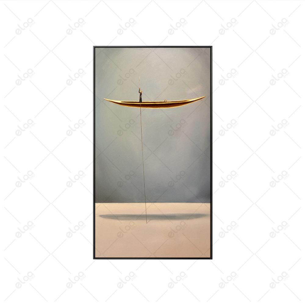 لوحة فنية لقارب معلق بخلفية درجات الرمادي
