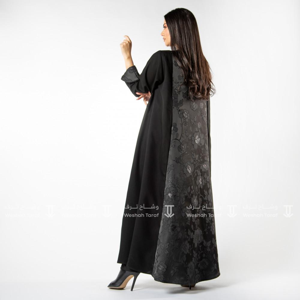 عباية قماش كريب مع تدخيلة قماش جاكار  مشجر من الامام و الخلف بقصة الكل