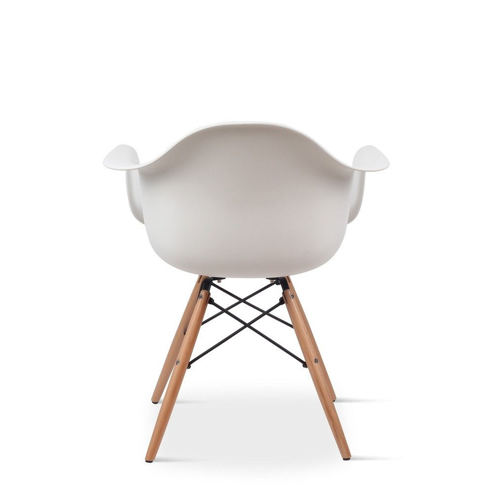 صورة خلفية لشكل الكرسي المميز من طقم كراسي نيت هوم أبيض من يوتريد