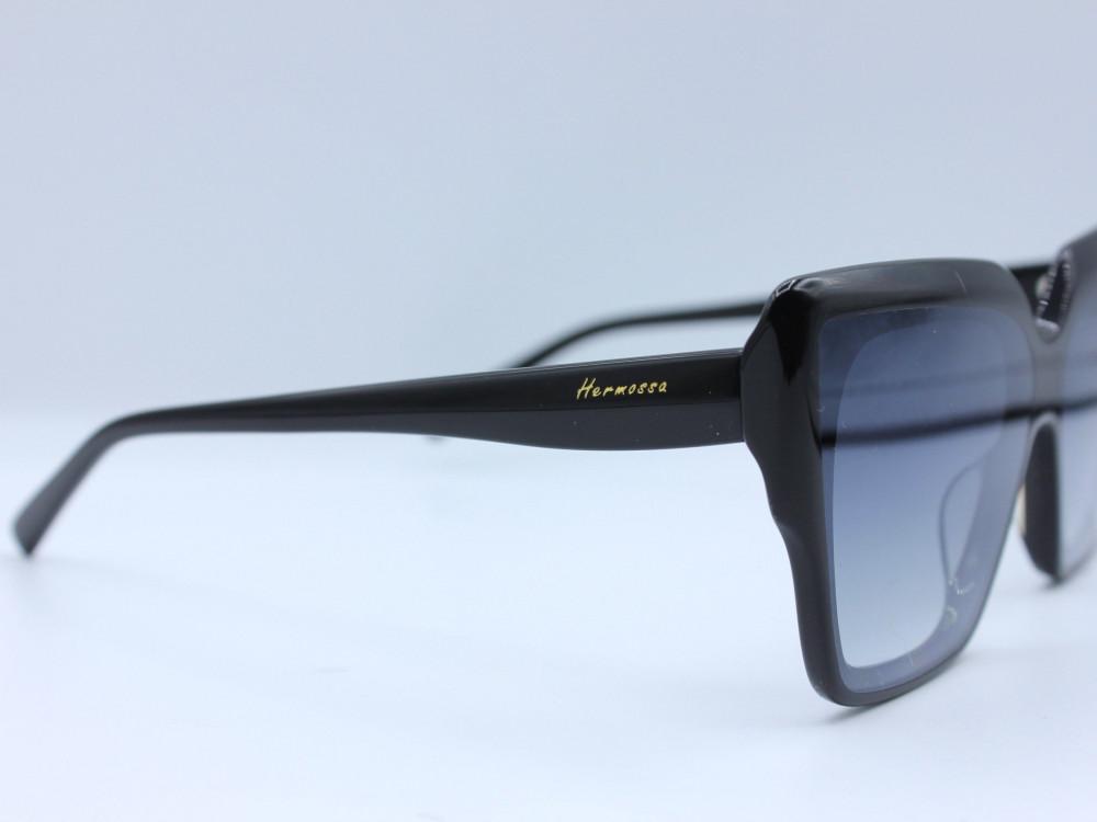 نظاره شمسية مربعه من ماركة  HERMOSSA لون العدسة اسود مدرج نسائية 2021