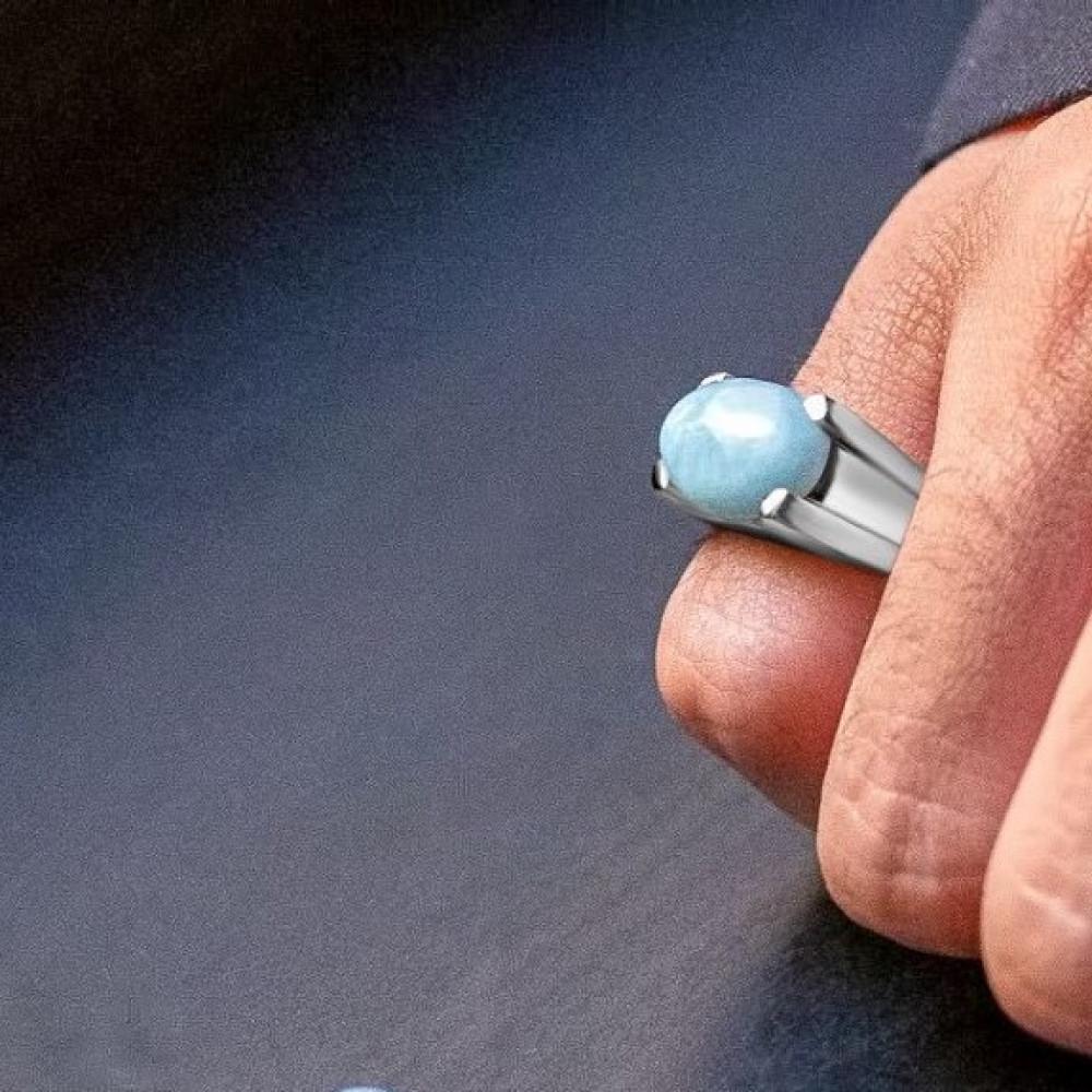 خاتم من حجر الاكوامارين الطبيعي