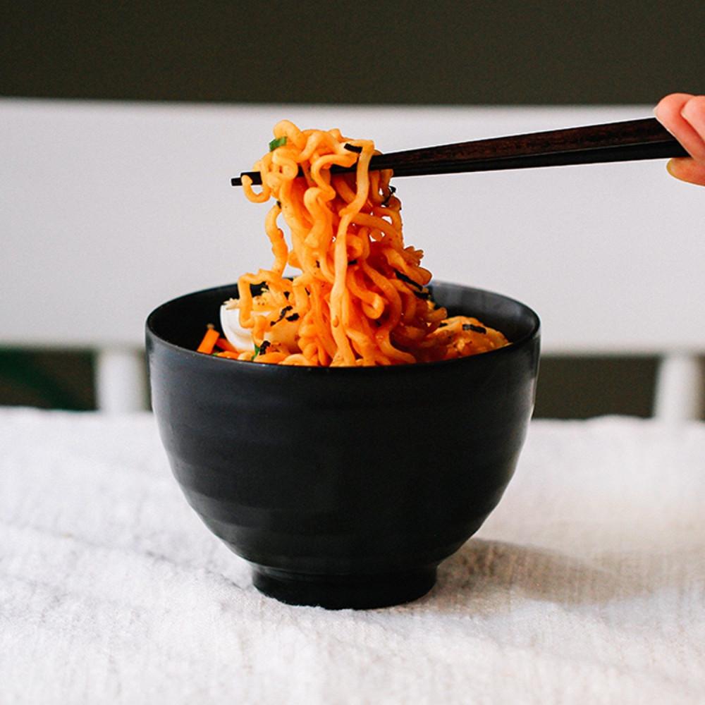 رامن بنكهة بلكيمتشي طريقة عمل الرامن الكوري مع كمتشي متجر رامن كوري