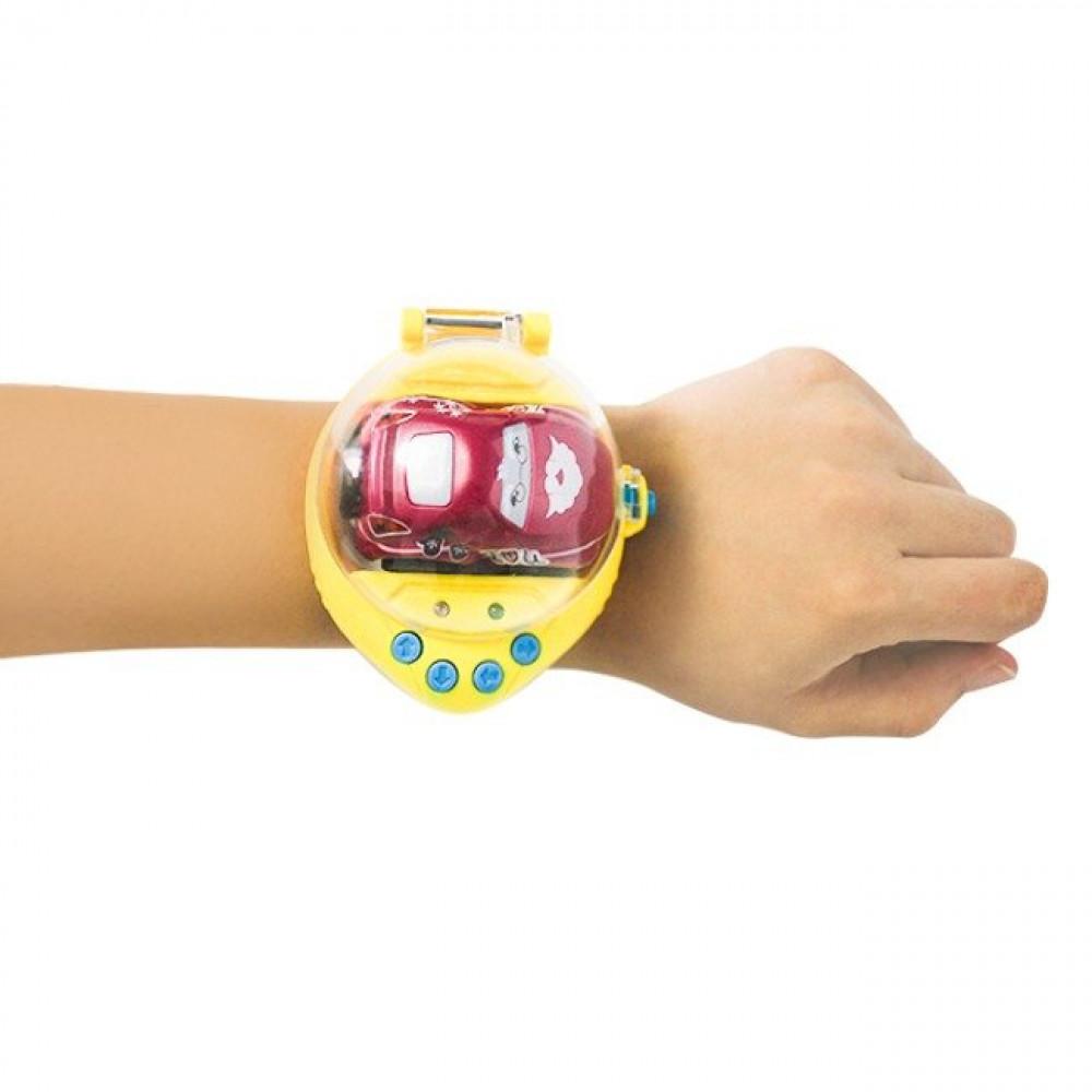 سيارة ريموت ذكية يمكن التحكم بها عن طريق الساعة بحركة اليد او باستخدام