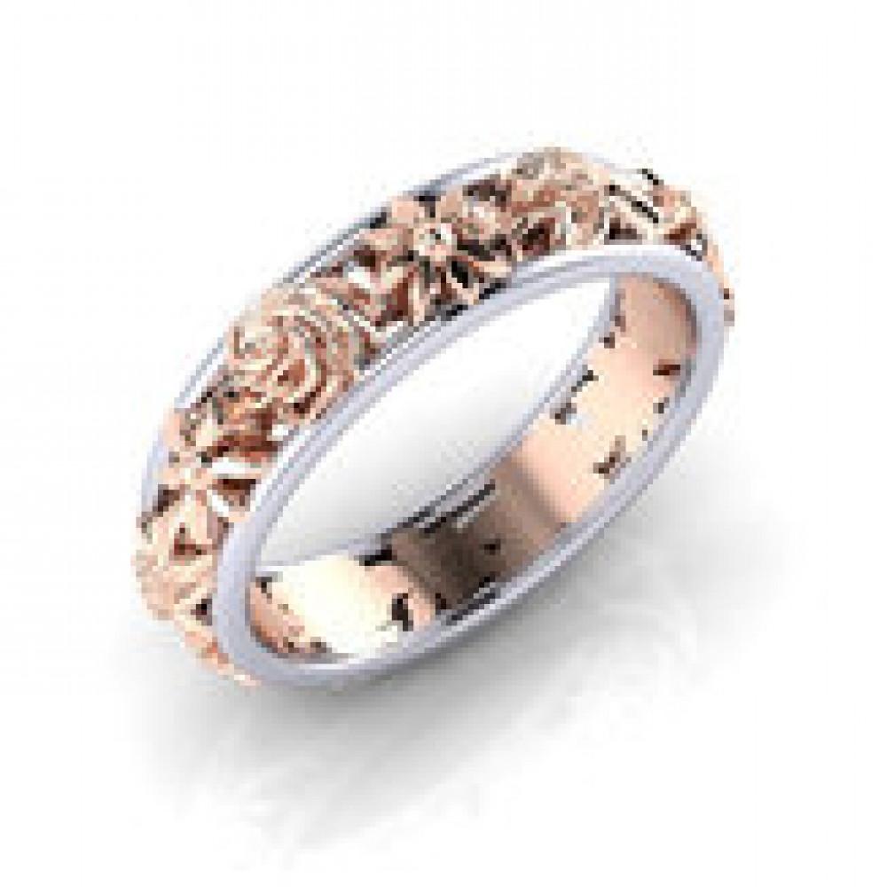 خاتم فاخرة من الذهب والماس