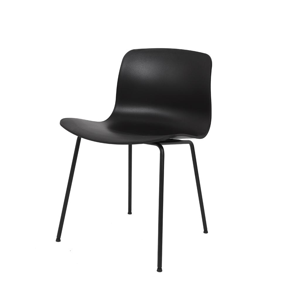 كرسي لون أسود NEAT HOME تجارة بلا حدود متعدد وسهل الاستخدام