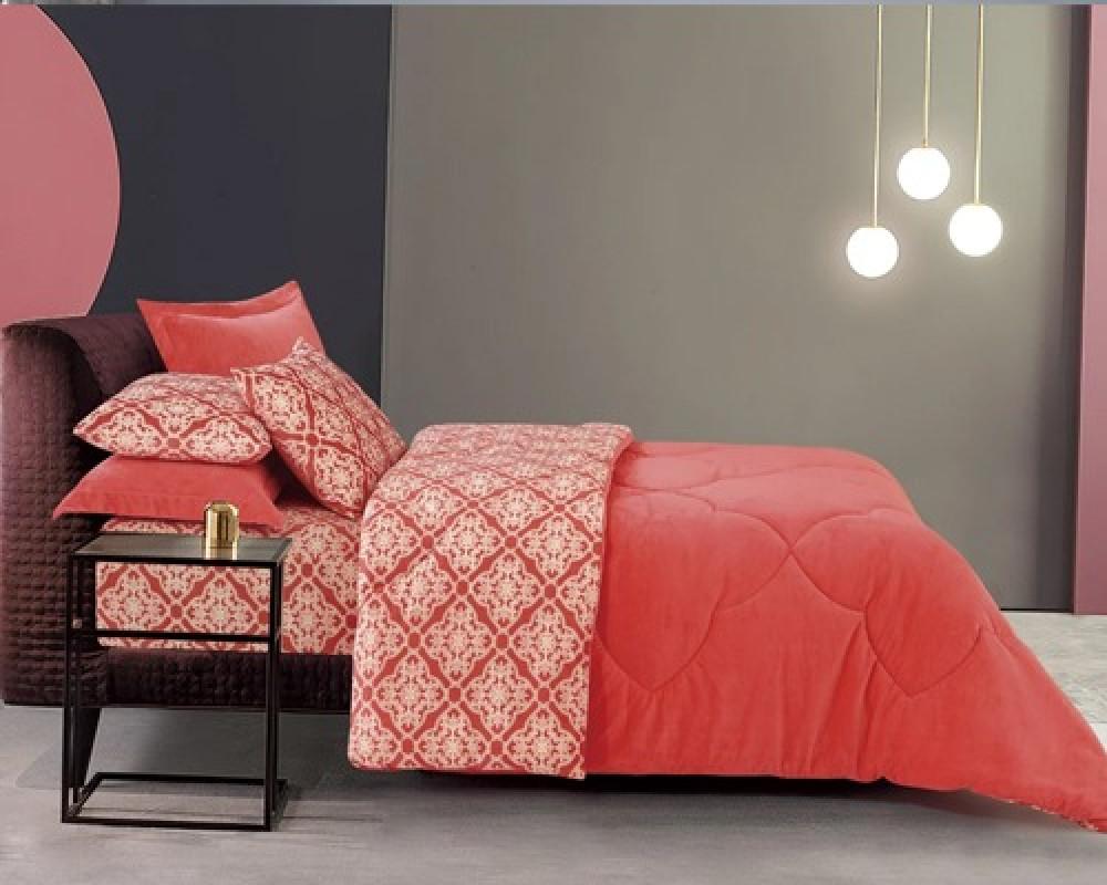 مفرش سرير نفر ونص مخمل شتوي يشعرك بالدفء لونه وردي