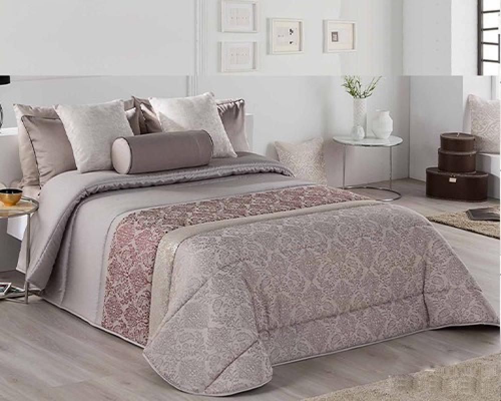 مفرش سرير نفر ونص مشجر فخم اسباني لونه بيج