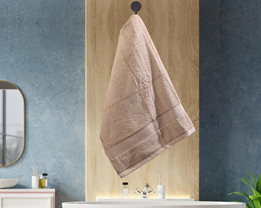 منشفة ضيوف لونها بيج تستخدم للوجه او اليدين