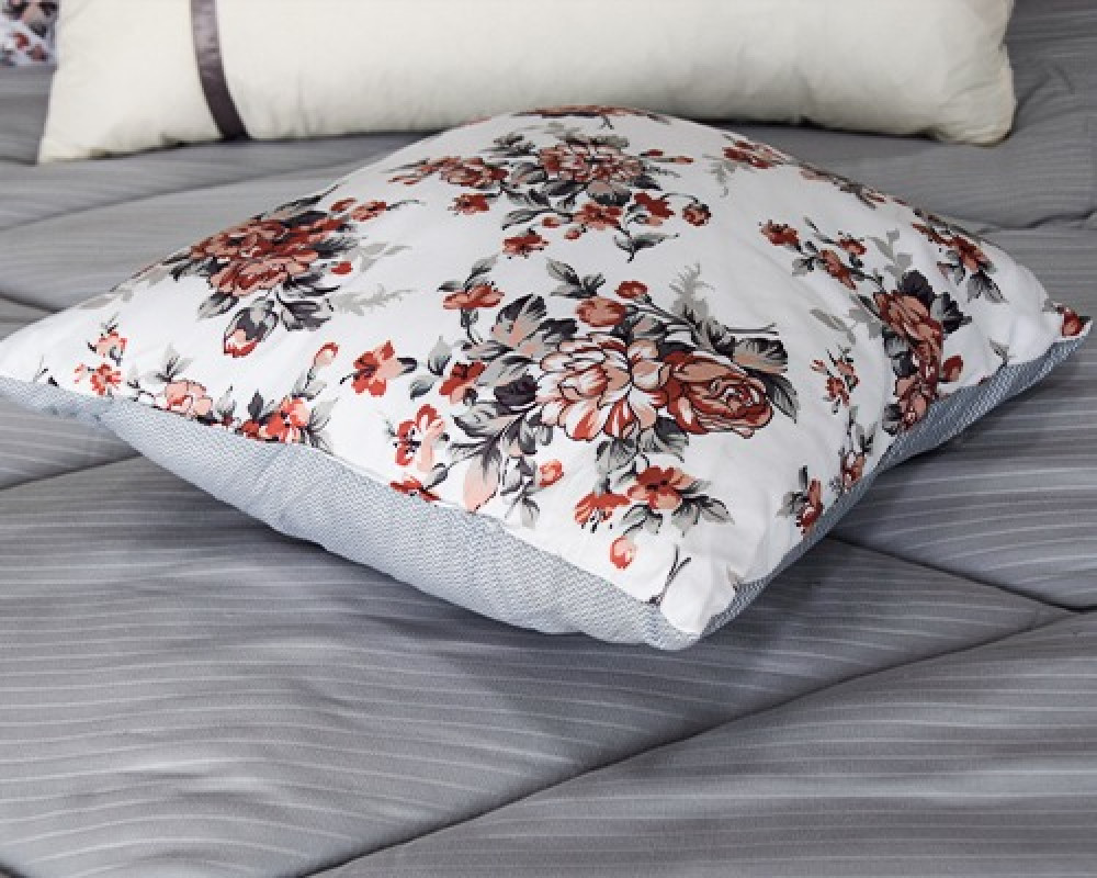 تكاية سرير مربعه مشجره