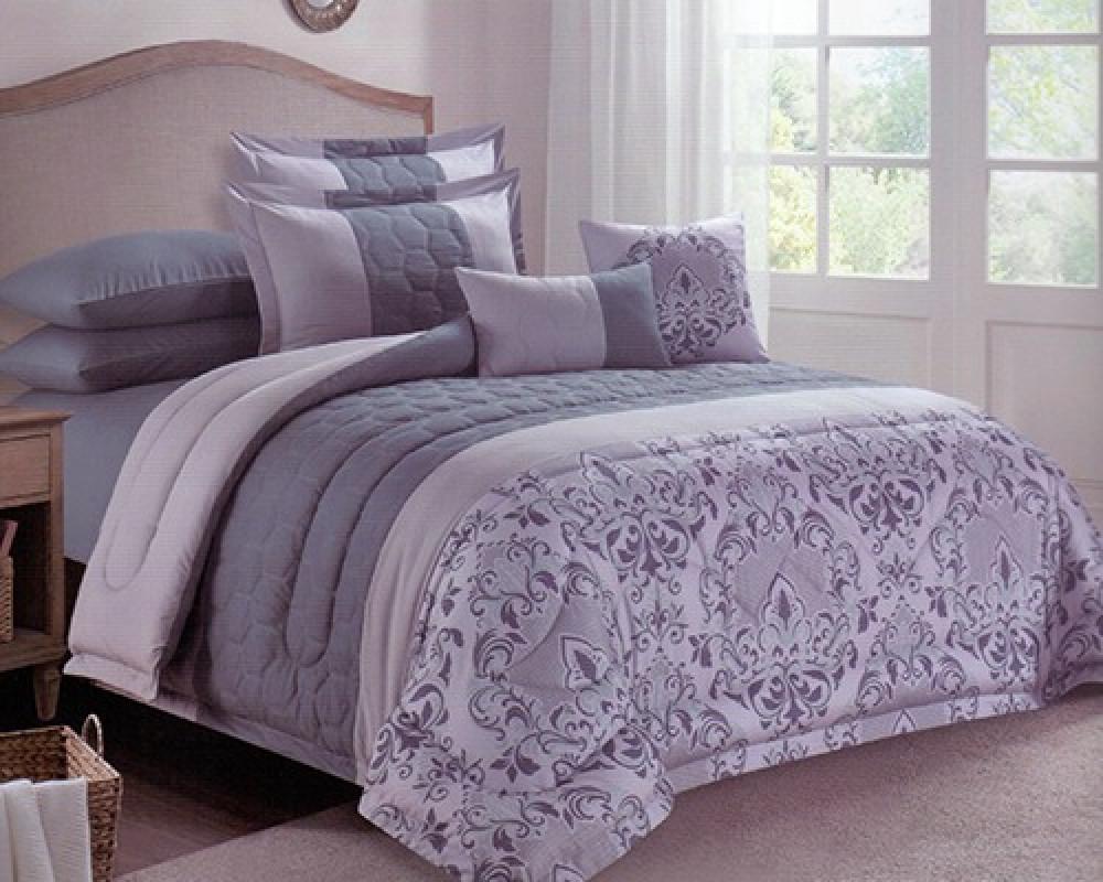 مفرش سرير نفرين مطرز مشجر لونه ازرق رمادي