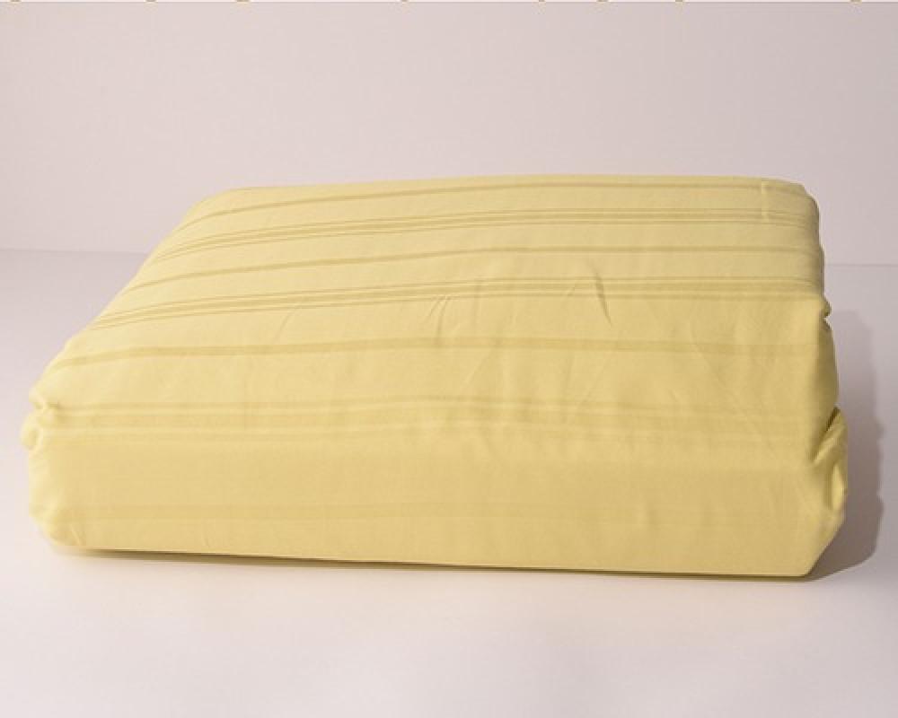 شرشف سرير نفر ونص مقلم لونه اصفر