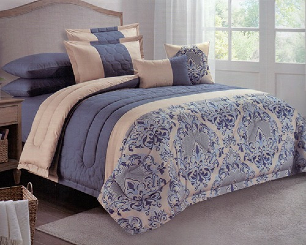 مفرش سرير نفرين مطرز مشجر لونه ازرق