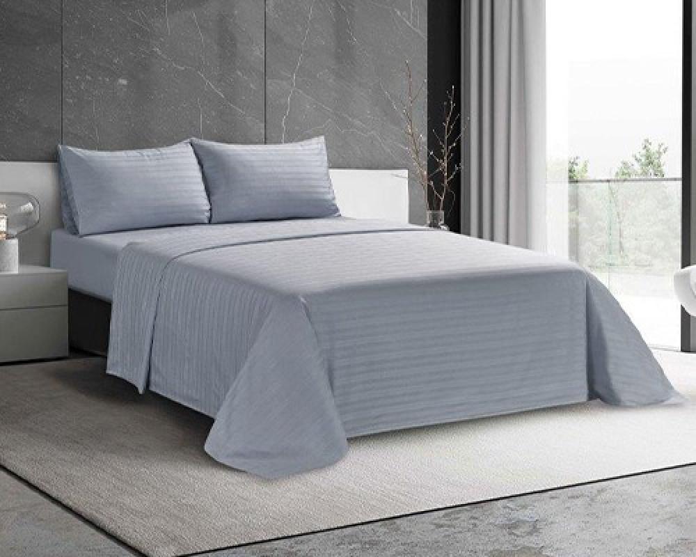 شرشف سرير فندقي نفرين لونه ازرق