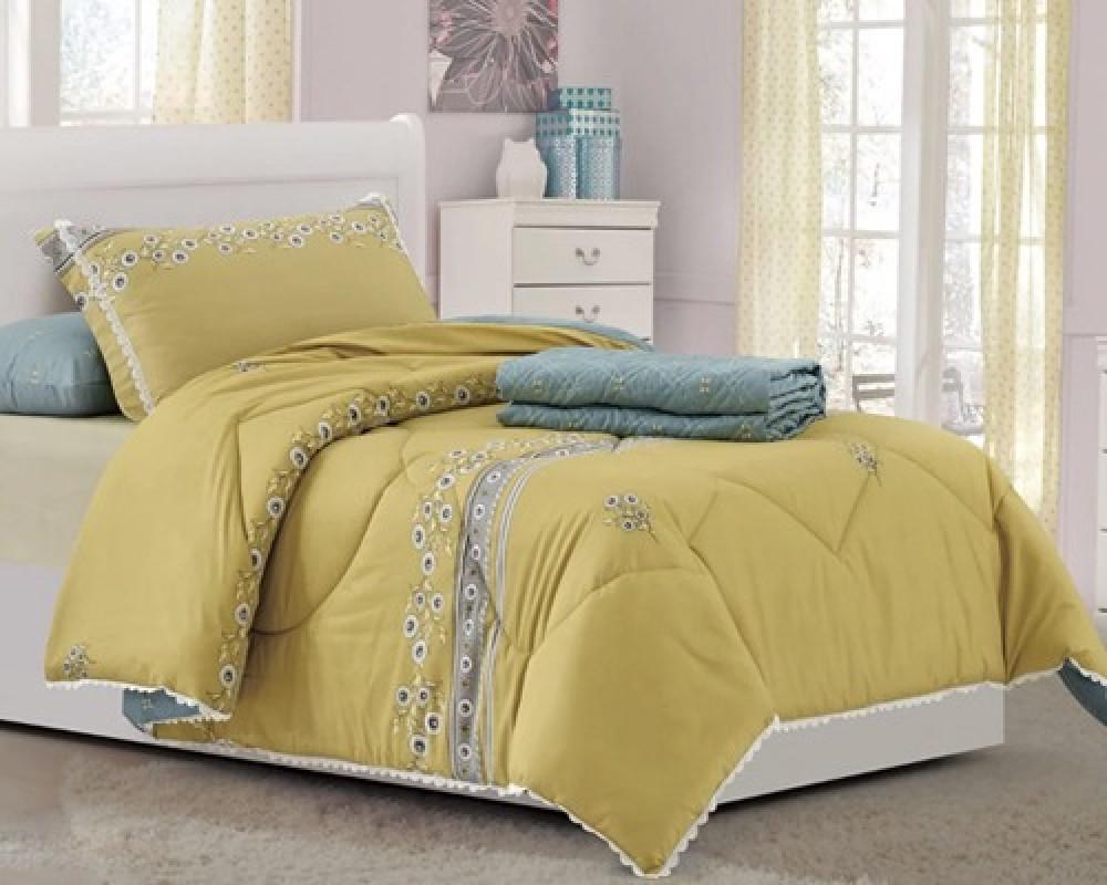 مفرش سرير نفر ونص مشجر لونه اصفر كموني
