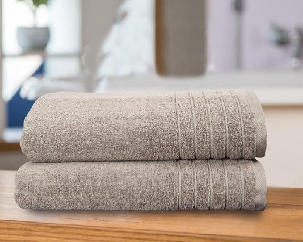 منشفة استحمام للجنسين لونها بيج غامق