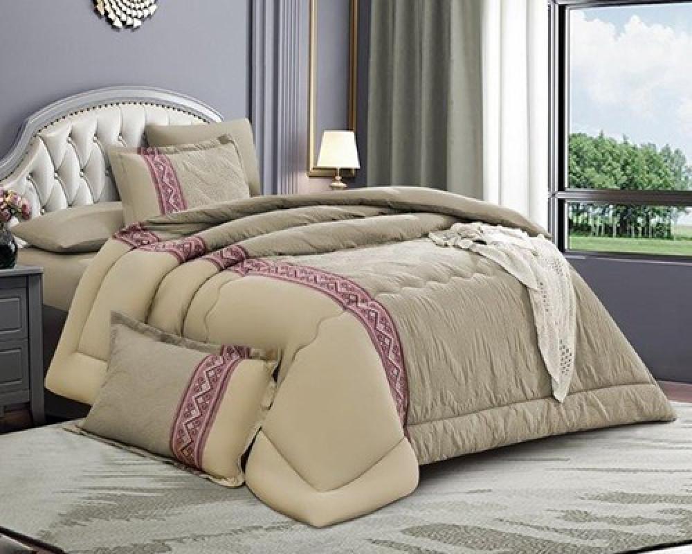 مفرش سرير مطرز نفرين صيفي لونه بيج