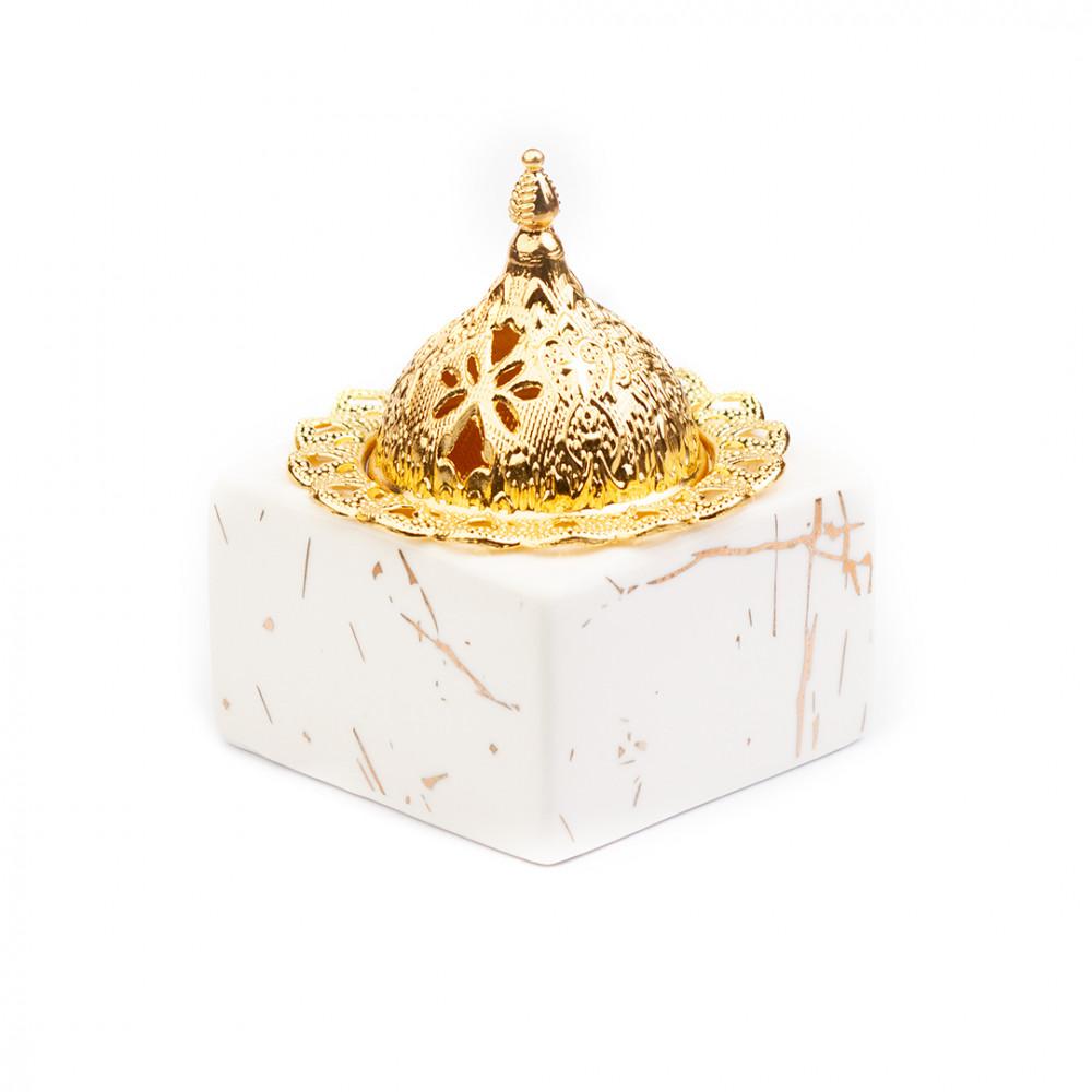 مبخرة سيراميك بيضاء بغطاء ذهبي - قصر الطيب