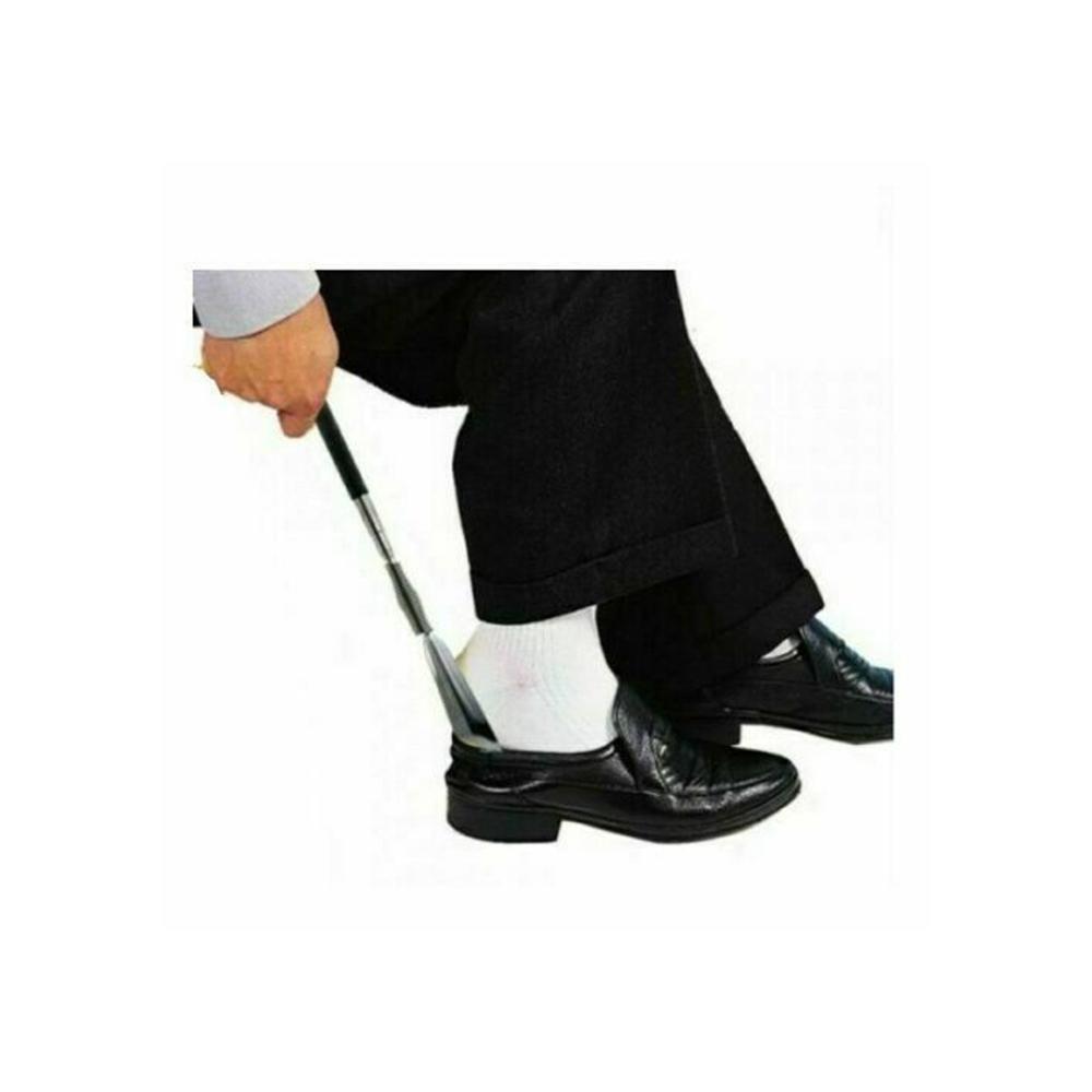 أداة للمساعدة في لبس الحذاء