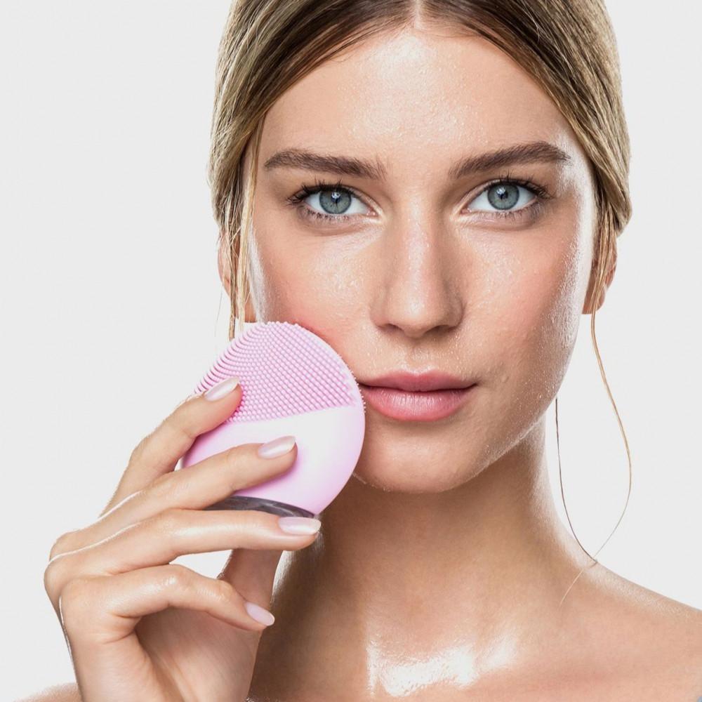 جهاز لونا ميني لتنظيف الوجه مقاوم للماء قابل للشحن